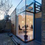 Glass-box-installation